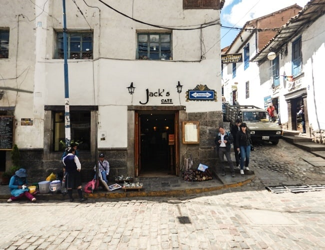 Jack's Cafe for food in cusco