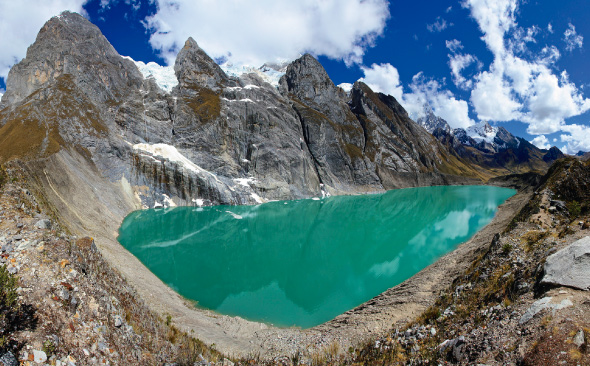 Best Treks Peru - Cordilerra Huayhuash Circuit Mountains