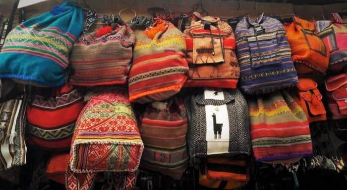 Los Mejores 20 Regalos y Souvenirs del Perú - Peru Hop 9c0f35d935f