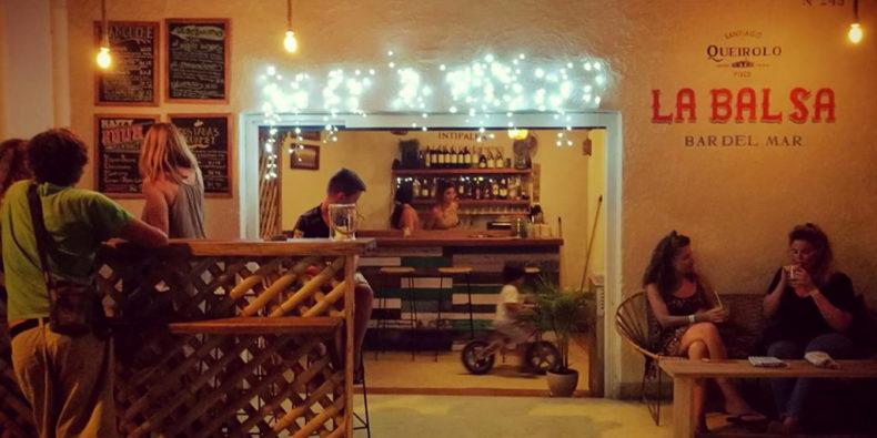 Le bar La Balsa à Mancora