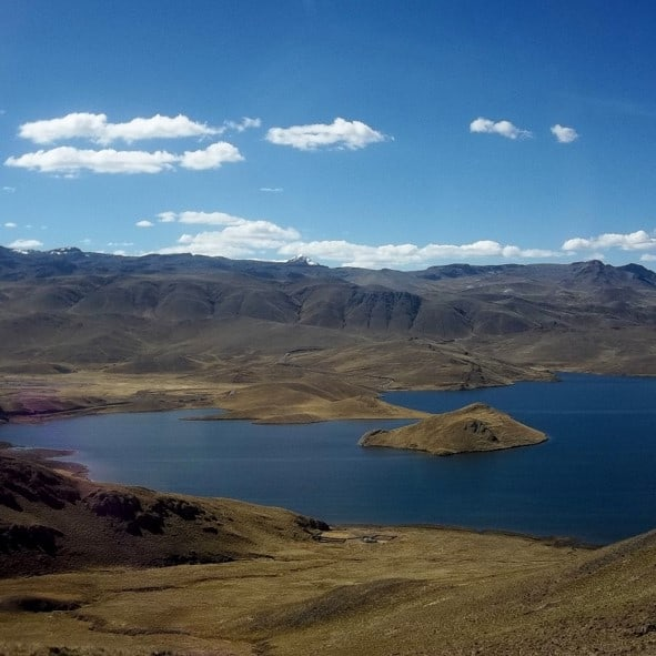 Lagunillas Viewing Point - Peru Hop Stop