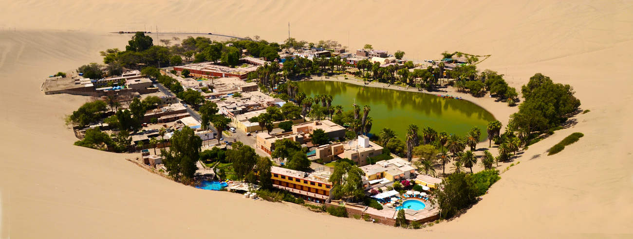 Desert oasis of Huacachina in Ica, Peru