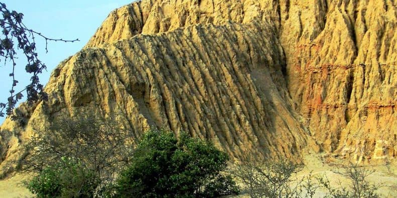 erosion of tucume
