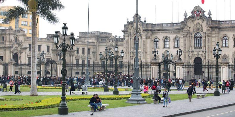 plaza de armas do centro de Lima-tour em lima
