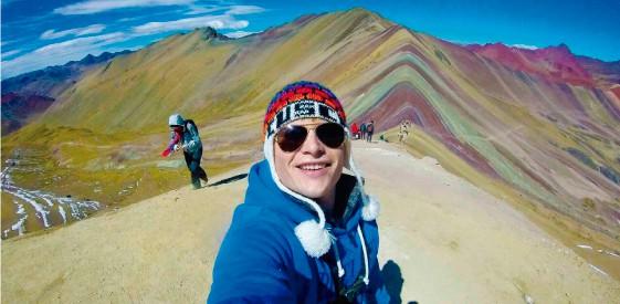 climbing-rainbow-mountain