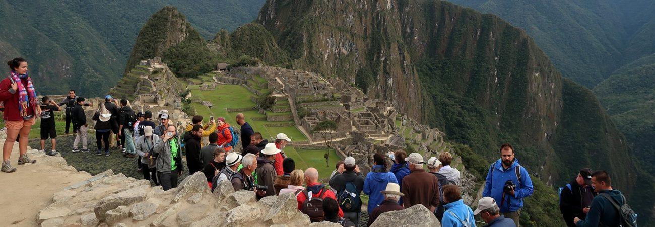 Cuántas personas visitan Machu Picchu al día, al mes y al año - Peru Hop