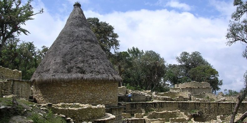 fortaleza de kuelap em chachapoyas - lugares para visitar no peru