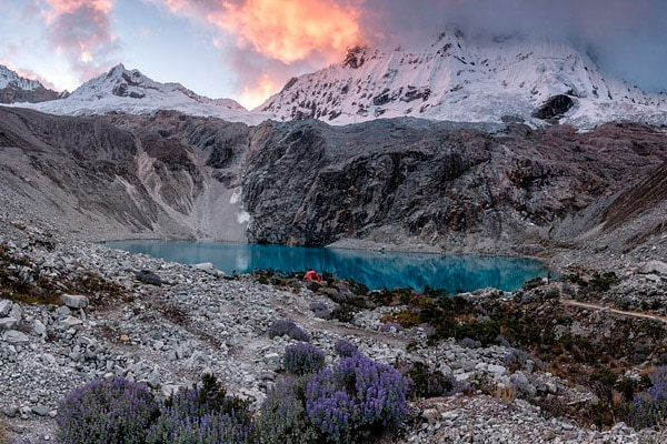 sunrise at laguna 69 in Huaraz