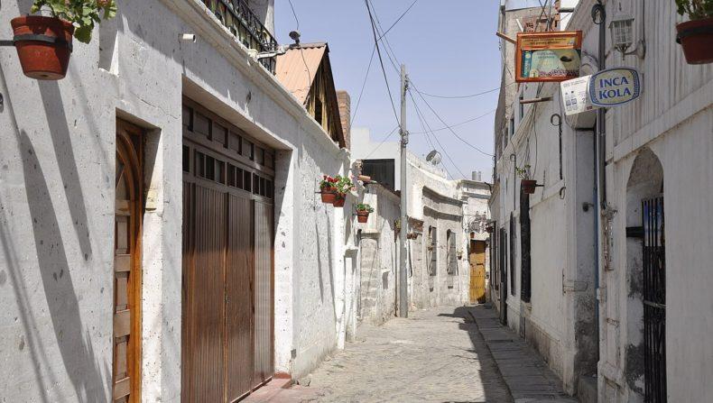 casa del barrio san lazaro - lugares para visitar en arequipa
