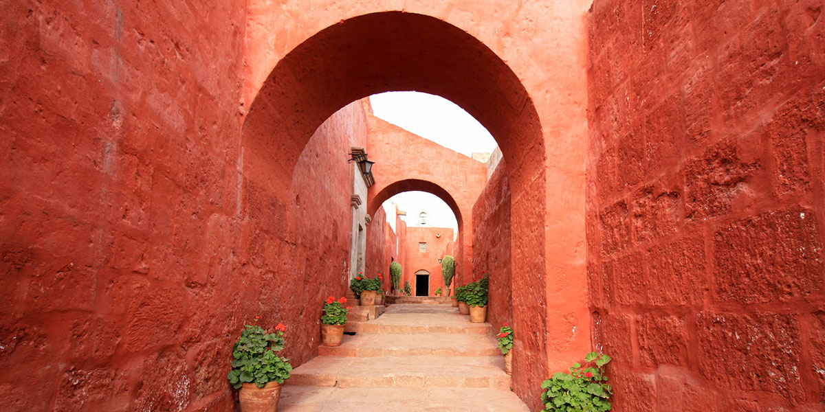 Monasterio de Santa Catalina - lugares para visitar en Arequipa
