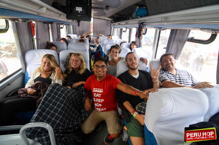 Peru Hop - Safe, Fun Buss Tours in Peru!