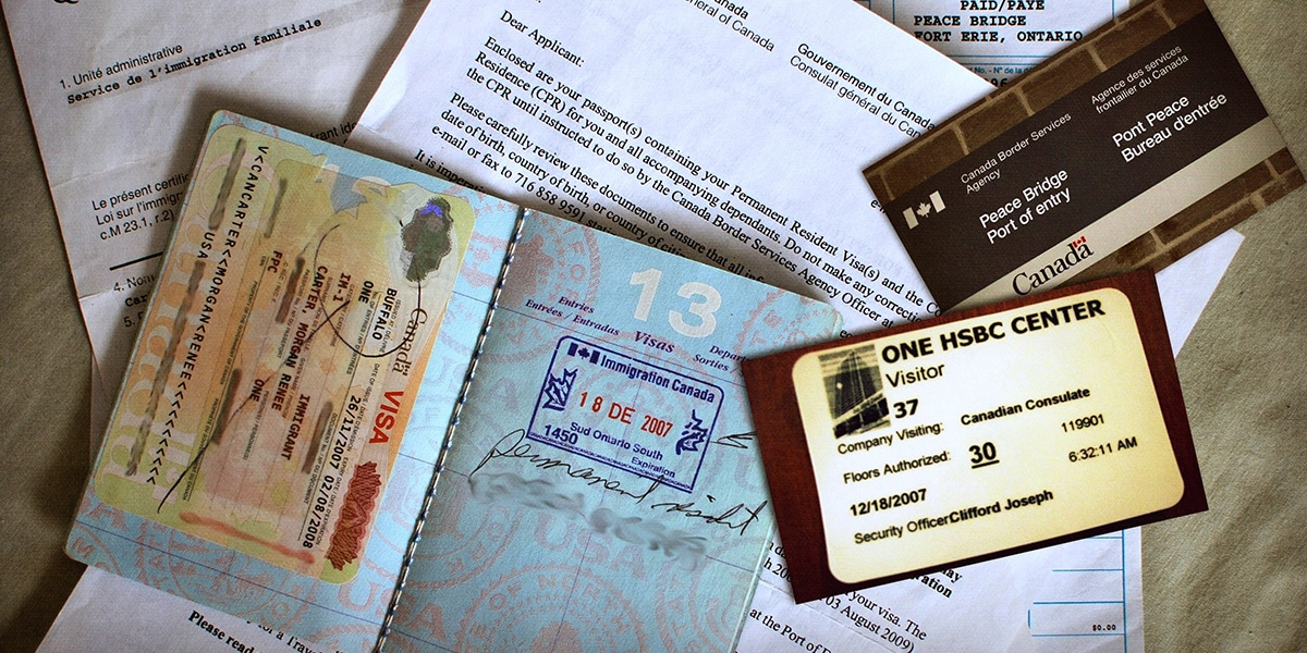 documentos migratorios como pasaportes y visas - requisitos para viajar a Perú