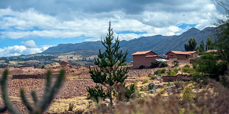 yuncaytapa cusco village